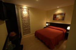 SUPERIOR DOUBLE ROOM 16